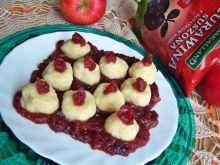 Serowe kuleczki na żurawinie z jabłkami