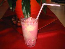 Shake owocowy z lodami waniliowymi