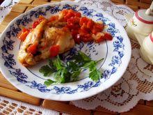 Skrzydełka z papryką i pomidorami
