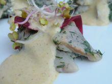 Śledź marynowany a'la gravlax z sosem musztardowym