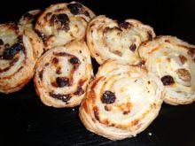 Ślimaczki z serem i rodzynkami