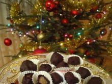 Śliwka w czekoladzie z marcepanem