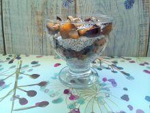 Śliwkowy pudding chia