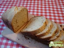 Słodki chlebek z rodzynkami