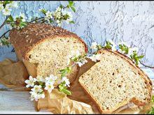Słonecznikowy chleb na mące pszennej i sojowej