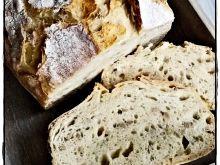 Słonecznikowy pszenno - żytni chleb bez wyrabiania
