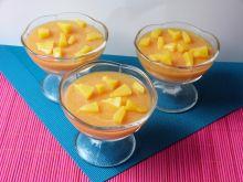 Słoneczny deser z musem brzoskwiniowym