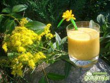 Słoneczny koktajl owocowy