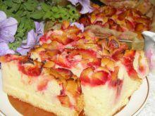 Smaczne i szybkie ciasto ucierane ze śliwkami