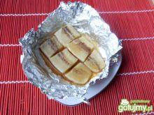 Smaczny deser z pieczonych bananów