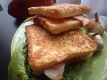 Smaczny tost Monte Christo