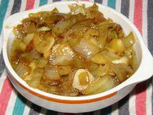 Smażona cebula z jabłkiem, czosnkiem