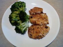 Smażone fileciki z kurczaka z brokułami