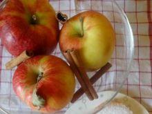 Smażone jabłka z rumem i kokosem