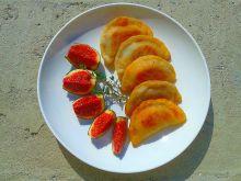 Smażone pierożki z camembertem i figą