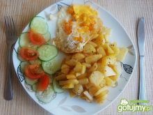 Smażone ziemniaczki z jajkiem sadzonym