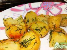 Smażone ziemniaki z koperkiem