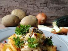 Smażone ziemniaki z kremowymi grzybami