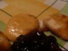 smazony camembert z zurawina