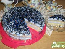 Smerfny tort z jagodami