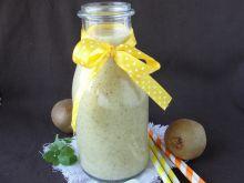 Smoothie z ananasa i kiwi