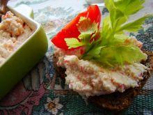 Śniadaniowa pasta jajeczno - krabowa