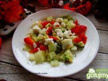 Śniadaniowa sałatka  z awokado