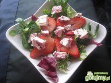 Śniadaniowa sałatka z truskawką dla 1 os