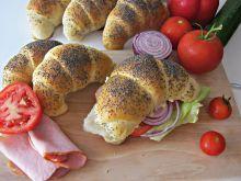 Śniadaniowe rogale - domowe pieczywo