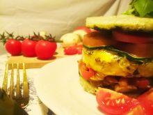 Śniadaniowy torcik jajeczno warzywny