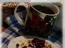 Śniadanko z twarożkiem, truskawką i musli