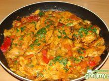 Soczyste piersi z kurczaka z warzywami