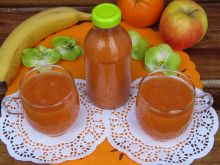 Sok marchwiowo- owocowy a'la Kubuś