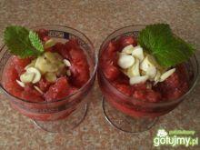 Sorbet arbuzowo-truskawkowy z migdałami