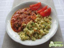 Sos mięsno – pomidorowy z kaszą jaglaną