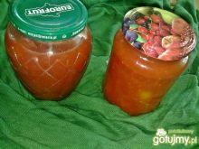 Sos pomidorowy z pomidorkami na zimę