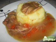 Sos z mięsem drobiowym