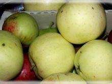 Spady jabłkowe w kuchni.