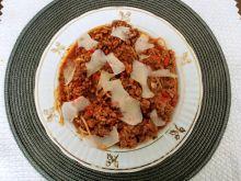 Spaghetti a'la bolognese z bakłażanem