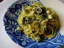 Spaghetti drobiowe ze szpinakiem