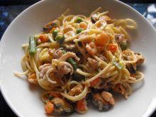 Spaghetti i owoce morza.....)))