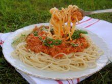 Spaghetti w sosie mięsno –pomidorowym