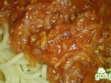 Spaghetti wieprzowo-kalarepkowe