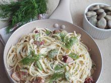 Spaghetti z boczkiem i bobem