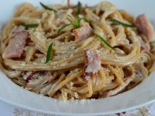 Spaghetti z boczkim i rozmarynem