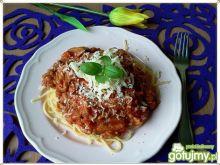 Spaghetti z cukinią i suszonymi pomidor