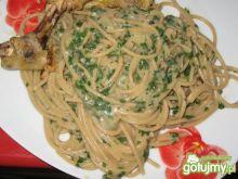 Spaghetti z grzybami leśnymi