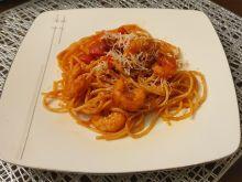 Spaghetti z krewetkami i chorizo