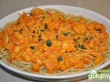 spaghetti z krewetkami w sosie