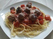 Spaghetti z kulkami z indyka